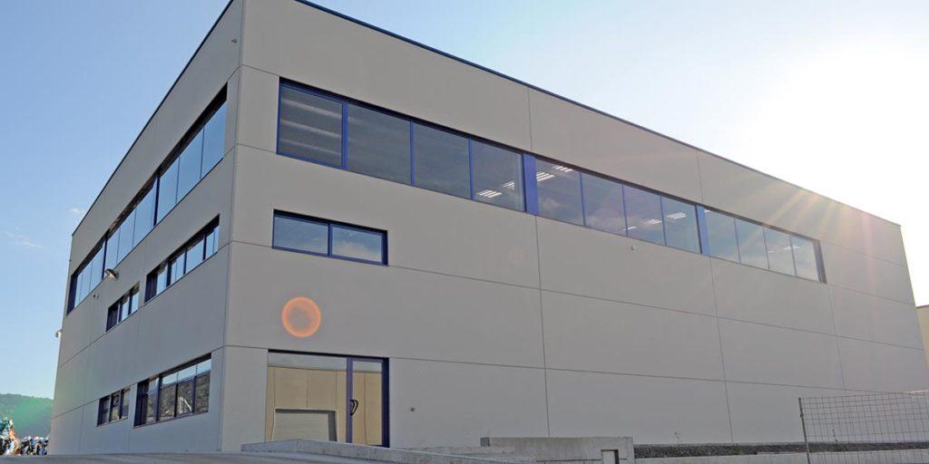 Nau industrial a Begudà